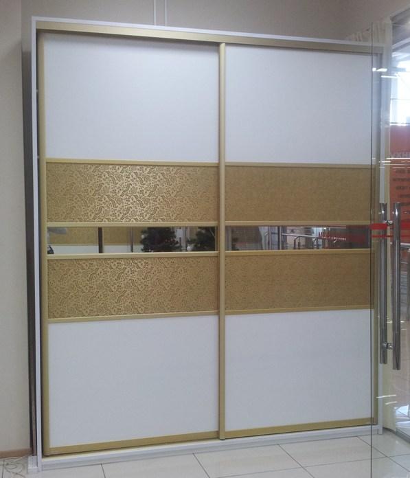 Шкафы-купе с отделкой из кожи - мебель граф.